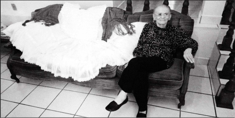 Doña María del Carmen Sáinz Guevara, creadora del traje típico de gala de la mujer fortinense